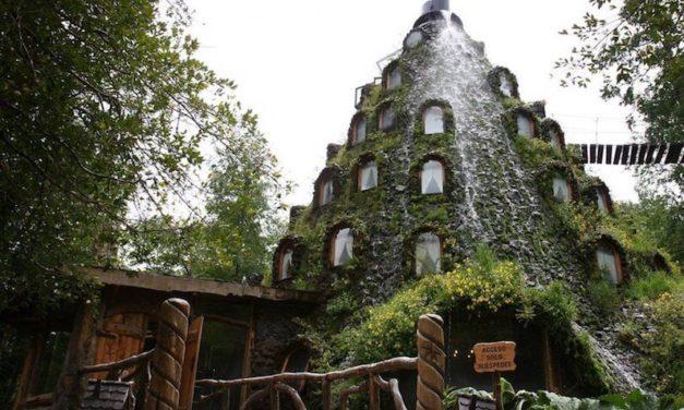 Hotel Montaña Mágica – Huilo Huilo
